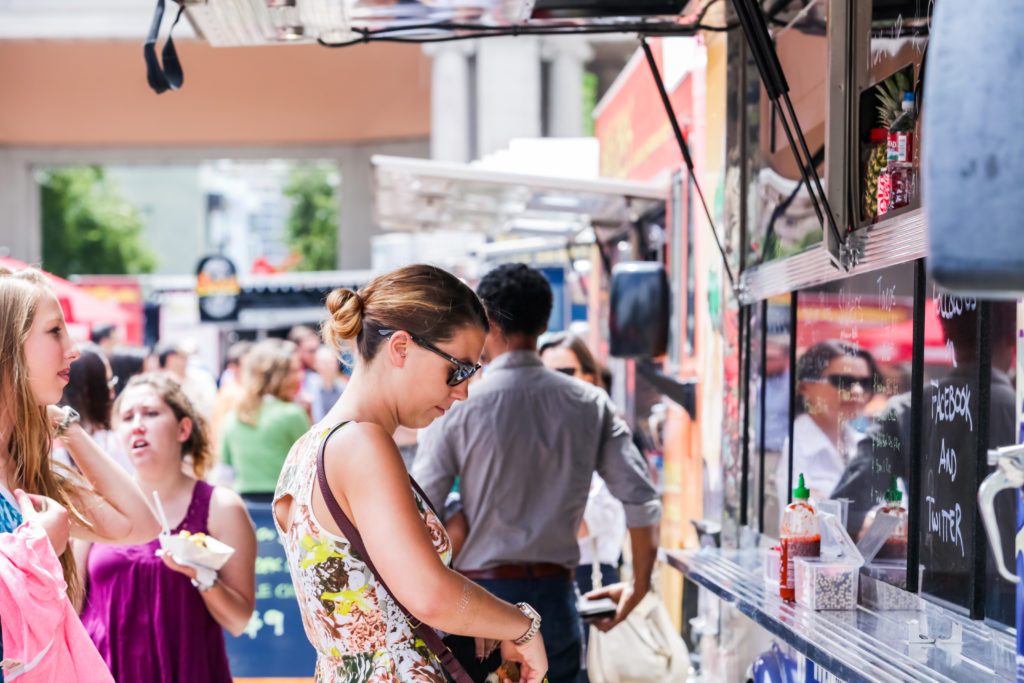 10 Tips for Creating Your Food Truck Menu Board