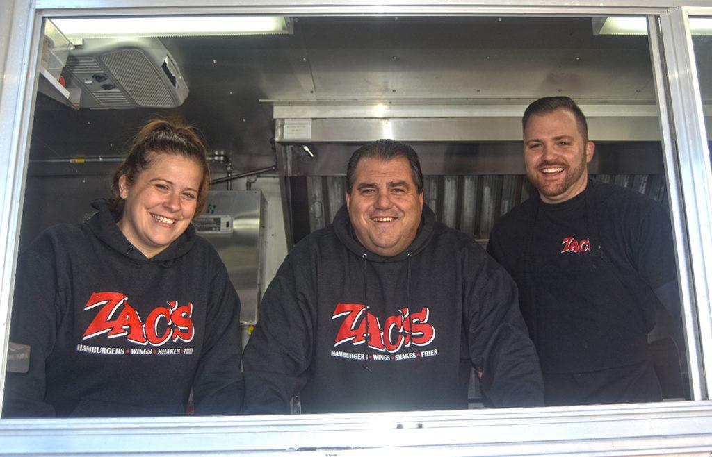 zacs-burgers-family