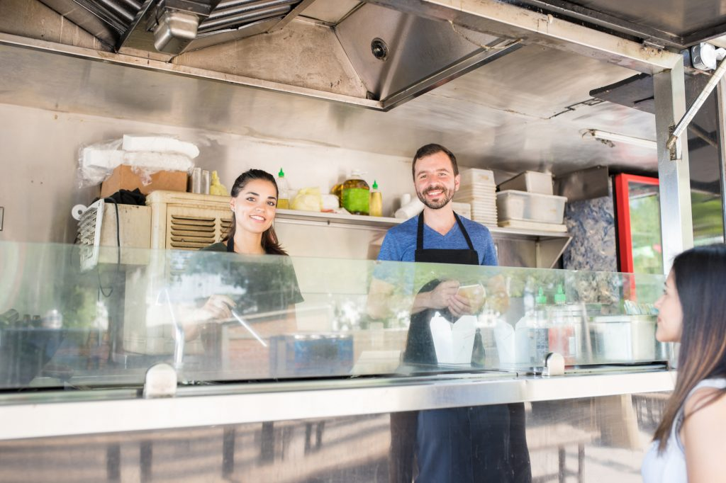 7 Tips for Working on a Food Truck