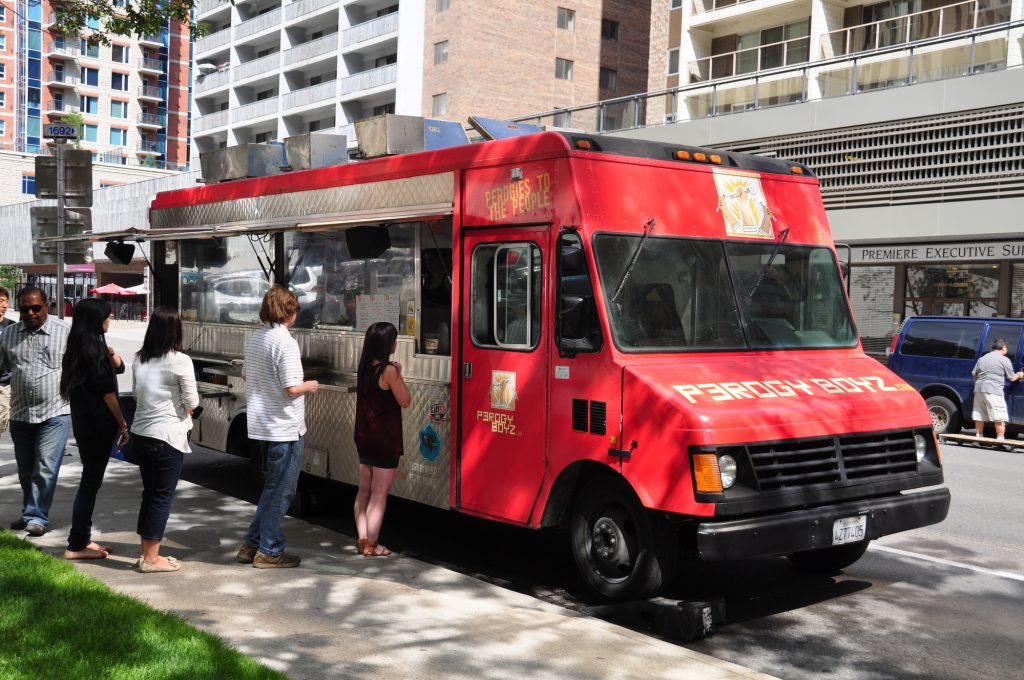 6 Reasons to Make a Food Truck Investment in Philadelphia This Spring